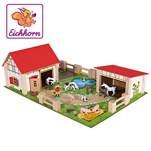Eichhorn 100004308 - Bauernhof mit 2 Gebäuden, Spielplatte, Figuren, Tieren, Zäunen; 25-tlg, 36x51cm,...