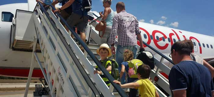 fliegen mit Kindern in den urlaub