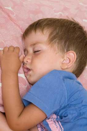 zahne knirschen beim kind