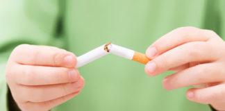 Zigarette und Kind