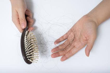 Den Haarwuchs die Volksmittel anzuhalten