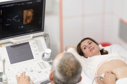 Schwangere beim Arzt