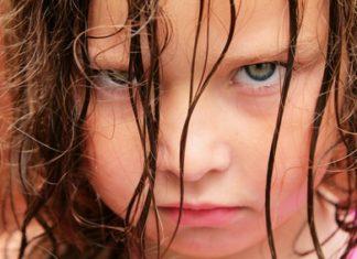 Wut beim Mädchen