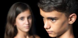 Pubertät bei Mädchen und Junge)