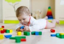 Kind mit 5 Monaten