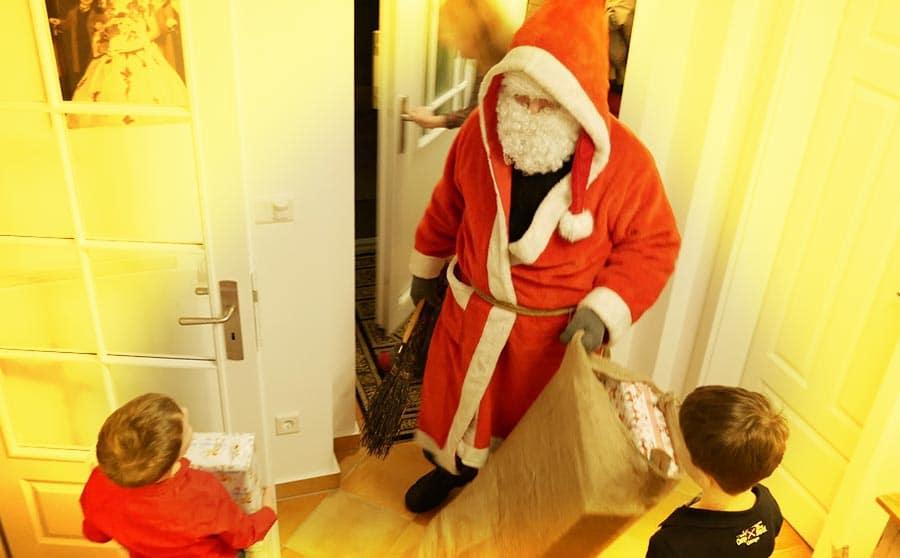 Weihnachten mit Weihnachtsmann fürKindern