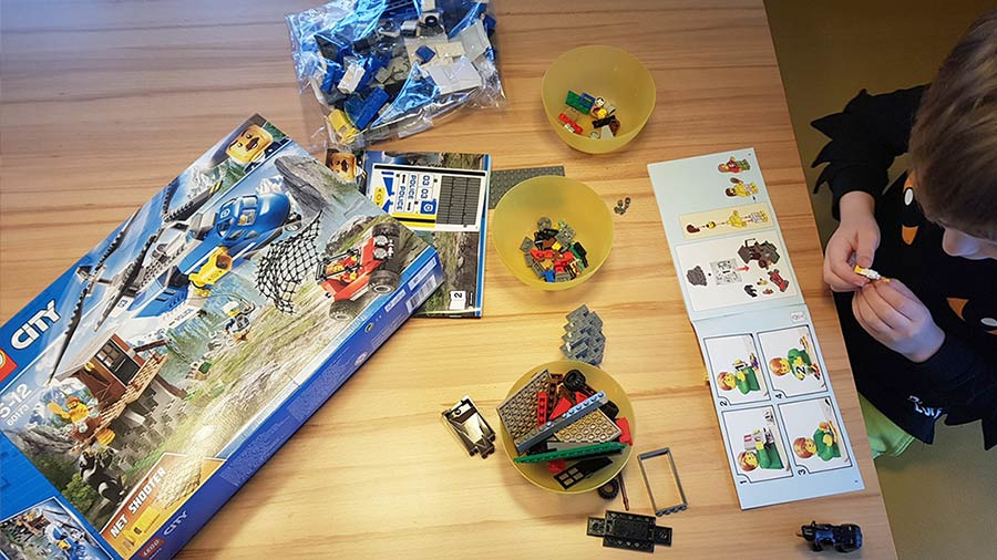 "LEGO City ""Heroes needed"" Netpapa.de"