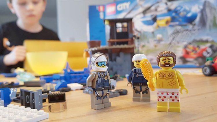 """LEGO City """"Heroes needed"""" Netpapa.de"""