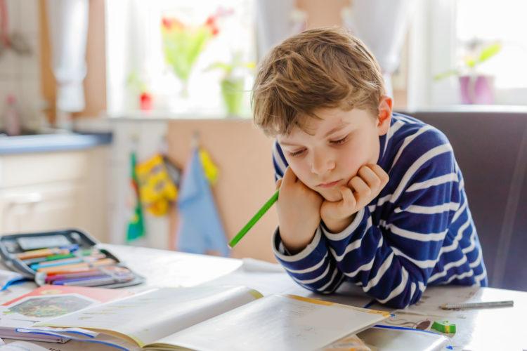 Lernen für die Schule? Copyright: romrodinka, bigstockphoto